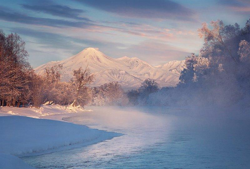 Камчатка, природа, вулкан Зимняя сказкаphoto preview