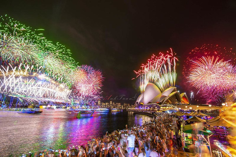 #sellingphoto Happy New Year 2020. Sydney Operaphoto preview
