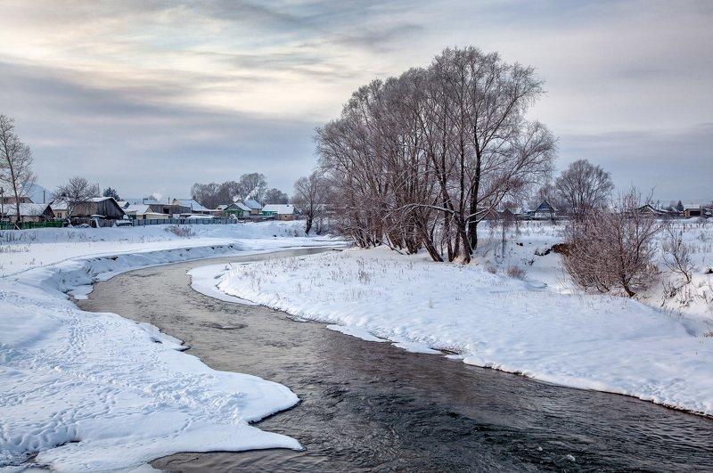 пейзаж,зима,река, деревня,снег,течение,холод Зимний вечерphoto preview