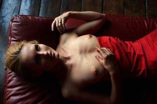 Pige i rødt