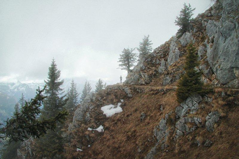 путешествие, приключение, горы, альпы, туман, человек и природа, атмосферное фото В горахphoto preview