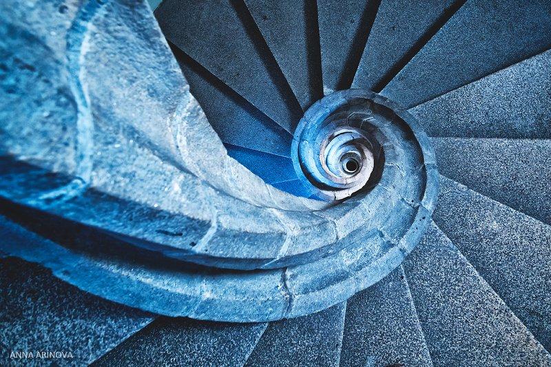 Винтовая лестницаphoto preview