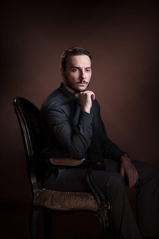 мужской портрет, студийная, концептуальное, классический, свето-тень, люди, art, davydov Мужской портретphoto preview