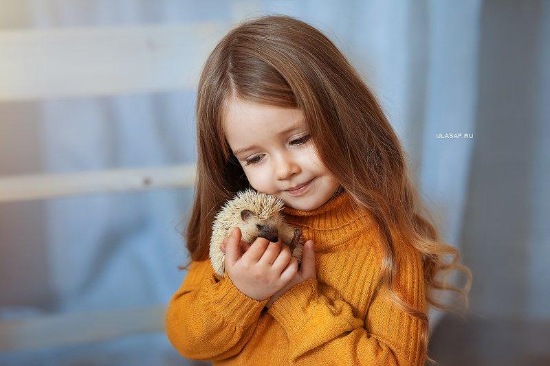 портрет, art, portrait, дети, девочка, girl, people, eyes, face, ежик, ежики, волшебство, magik, happy, nikon, 105mm, kid, children, hedgehog ***photo preview