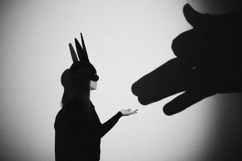 черно-белое  Зайкаphoto preview