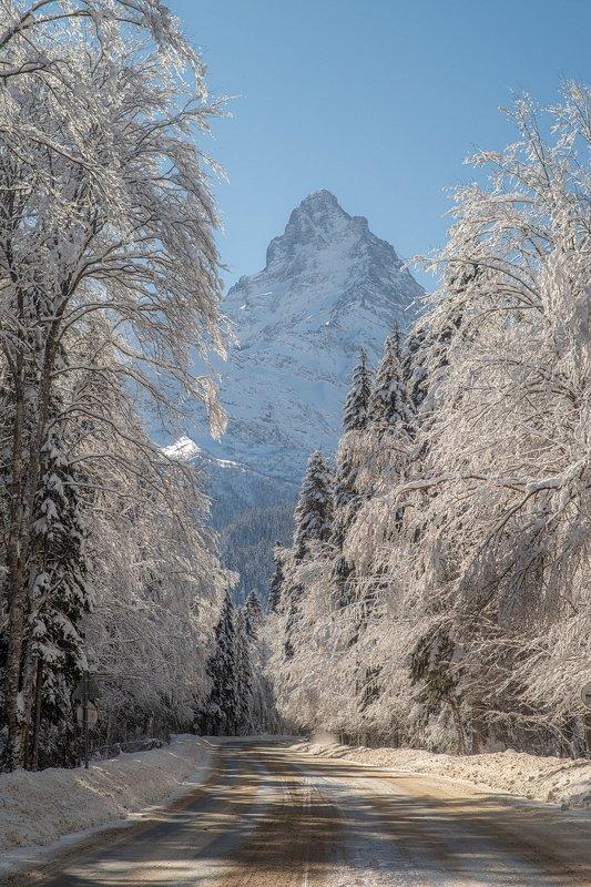 дорога, горы, зима, пик, вершина, домбай, белалакая ДОРОГА В ЗИМНЮЮ СКАЗКУphoto preview