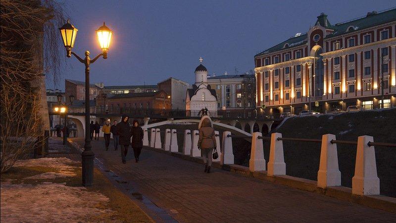 Нижний Новгород. У кремлёвской стены.photo preview