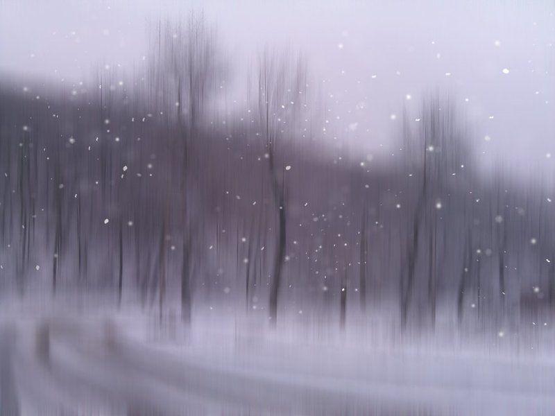 Снег кружится, летает и... не тает )))photo preview