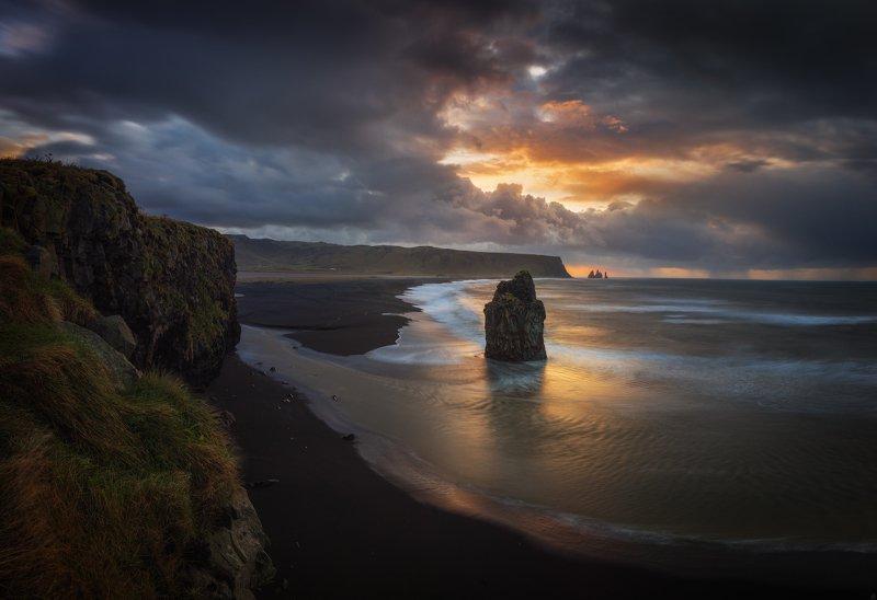dyrholae, исландия Утро на мысе Dyrholaephoto preview