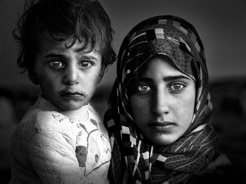 black and white,Boy,woman,girl, Eye talkphoto preview