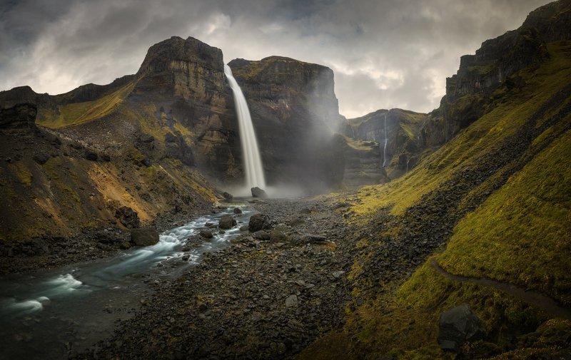 исландия, haifoss Путь к подножию водопада Haifoss, Исландияphoto preview