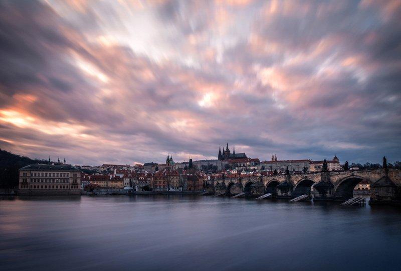 прага, вечер, карлов мост, река, влтава, европа, пражский град Карлов мостphoto preview