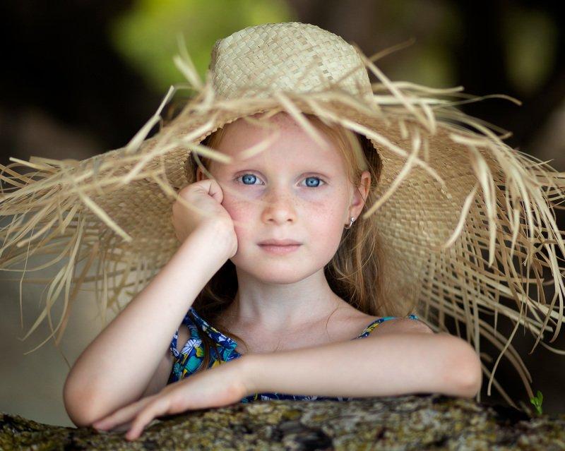 портрет, девочка, лицо, шляпа, лапочка, глазастик SOFIAphoto preview