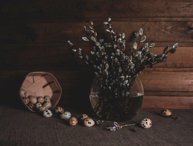 весна, цветы, перепелиные яйца, натюрморт, вербовые котики, ваза Весна на порогеphoto preview