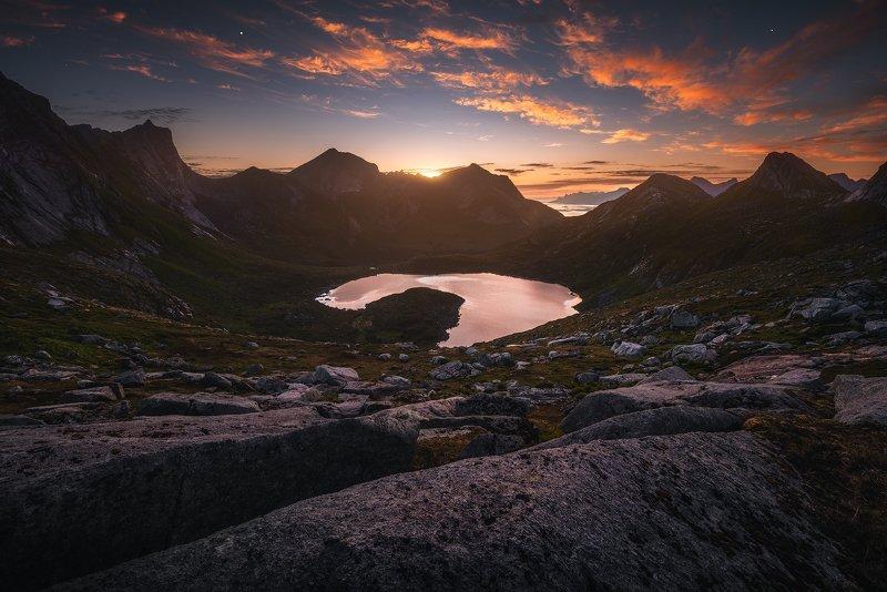 #норвегия #лофотенскиеострова #рассвет #горы #пейзаж #красивыйвид Норвегияphoto preview