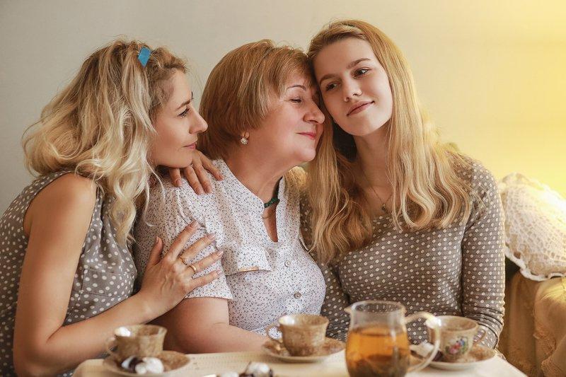 Три поколенияphoto preview