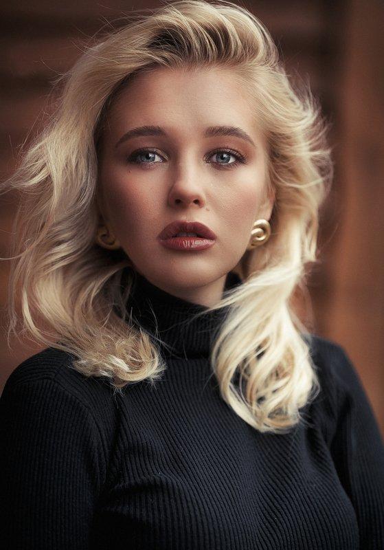 karenabramyan,fashion,portrait,beauty,girl,female Kristinaphoto preview