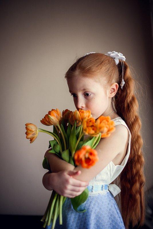 Весна, цветы, портрет, девочка с цветами, 8 марта, Веснаphoto preview