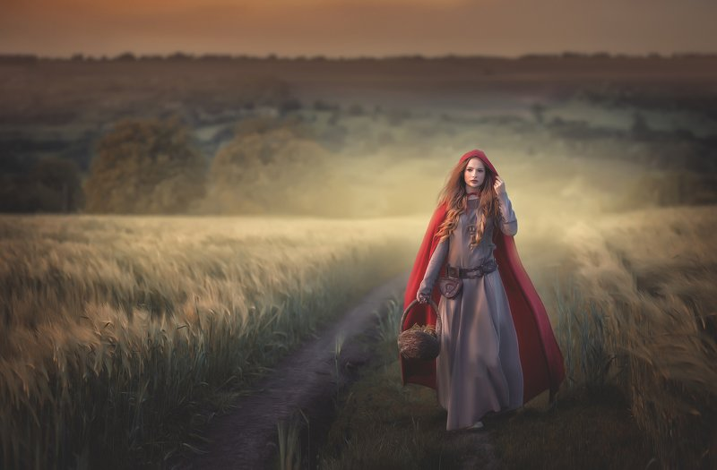 Red Ridding Hoodphoto preview