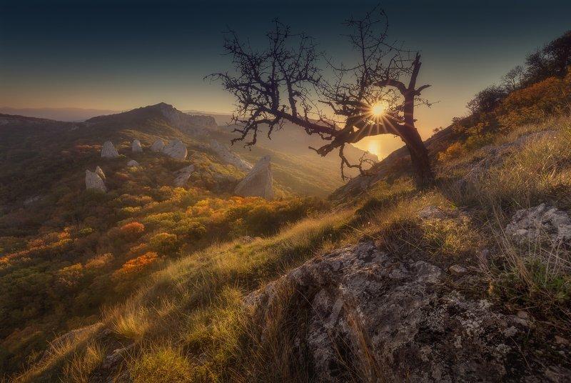 крым, храм солнца, рассвет Ловушка для солнцаphoto preview