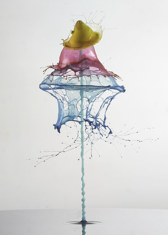 waterdrop,liquid,abstract,art,color,light, shot from belowphoto preview