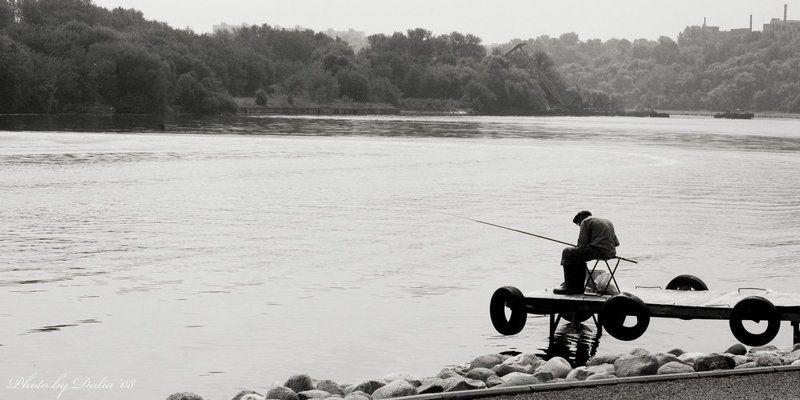 коломенское, рыбак о рыбаке и рыбкеphoto preview