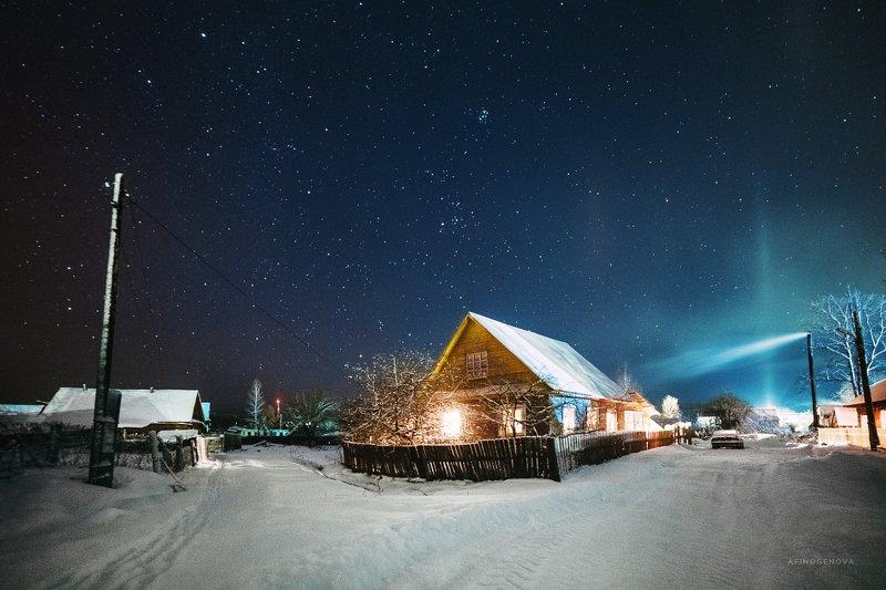 ночь звезды млечныйпуть снег зима дом свет Пеновские ночиphoto preview