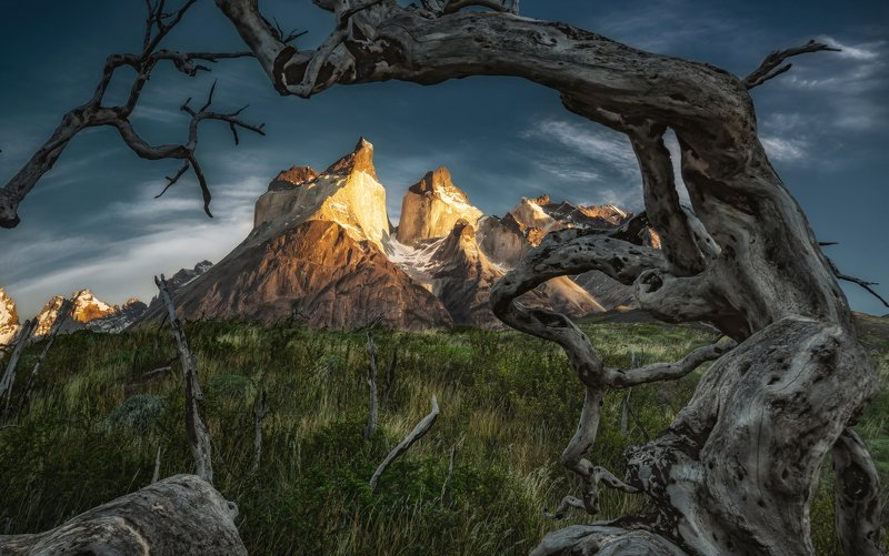 cuernos del paine, torres del paine, chile, patagonia First rays of the Sun at Torres del Paine, Chile, Patagoniaphoto preview