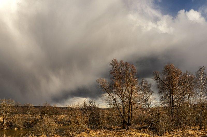 дождь, обочина, облака Отшумел весенний дождьphoto preview