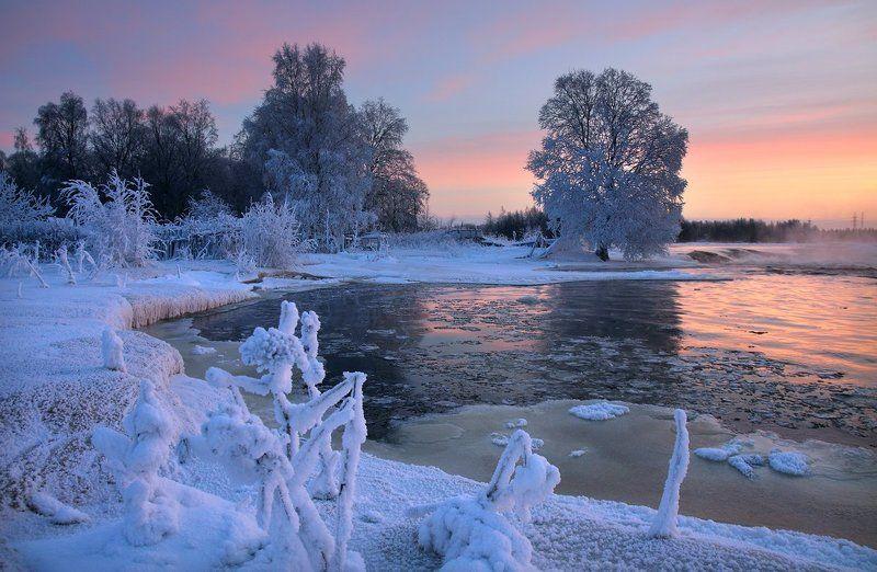 река, морозphoto preview