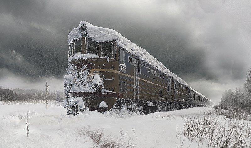 зима тепловоз тэ7 снег лес поле железная дорога Забытый поезд.photo preview