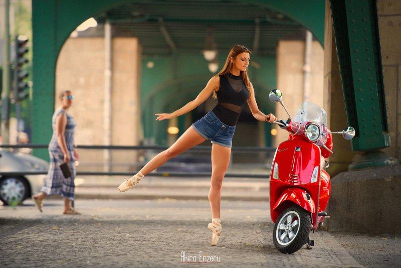 ballet, ballerina, dance Веспаphoto preview