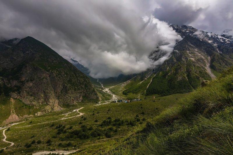 горы,восхождение,кавказ,облака под облаками...photo preview