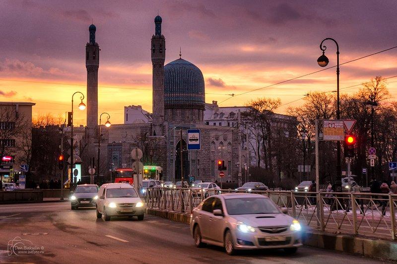 Весенний рассвет на Горьковскойphoto preview