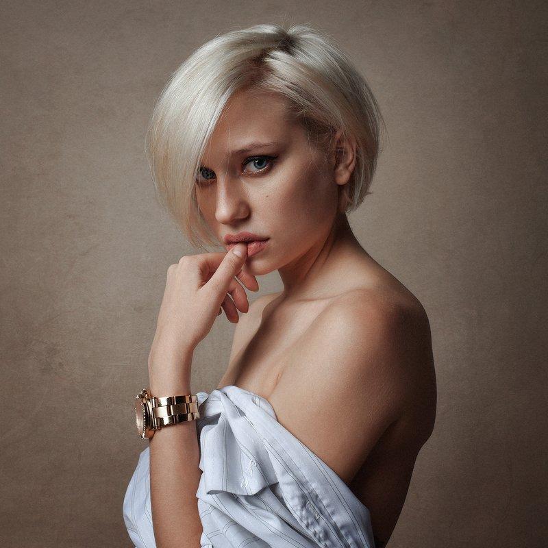 портрет Анастасияphoto preview