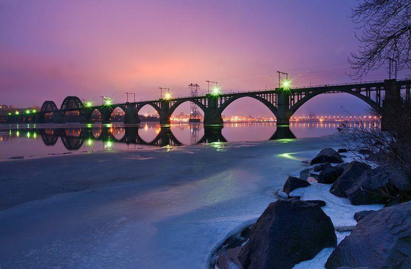 закат, река, днепр, город, днепропетровск, мост, мерефо-херсонский, камни, снег, лед Закат на Днепреphoto preview