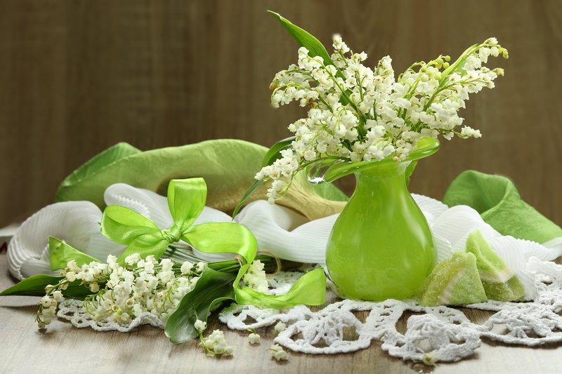 весна, цветы, ландыши, ваза, зеленая Ландышиphoto preview