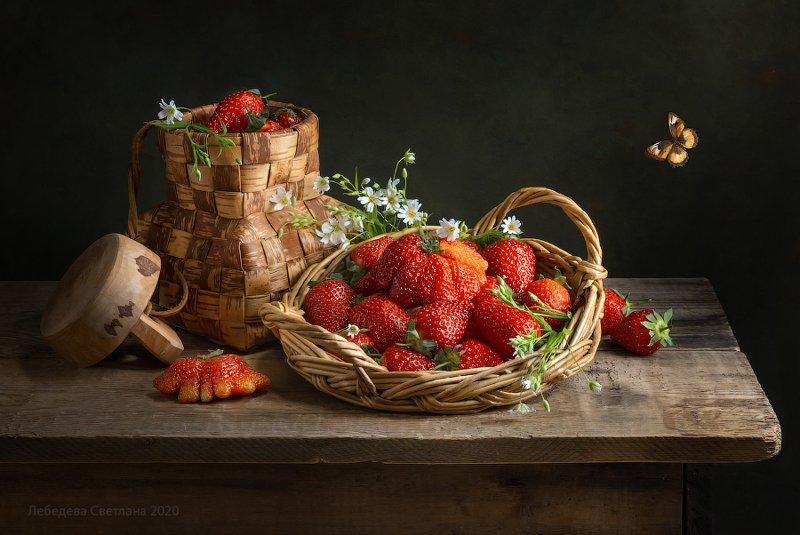 клубника,цветы,береста,ягода Клубничная серияphoto preview