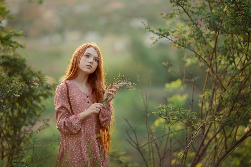 рыжая девочка закат волосы ***photo preview
