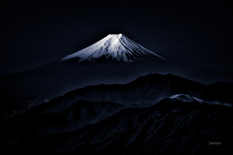 Fuji,Japan,mountain,summit,snow,amazing,blue ink, wonderful Shining snowphoto preview