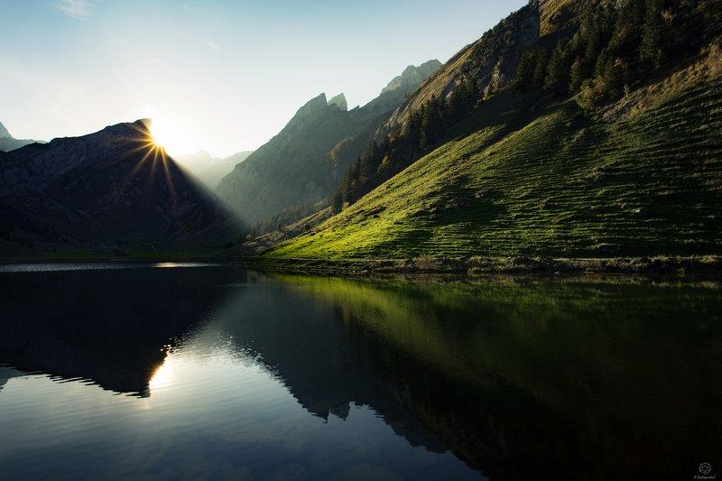 пейзаж, природа, путешествия, европа, рассвет Seealpsee / Switzerlandphoto preview