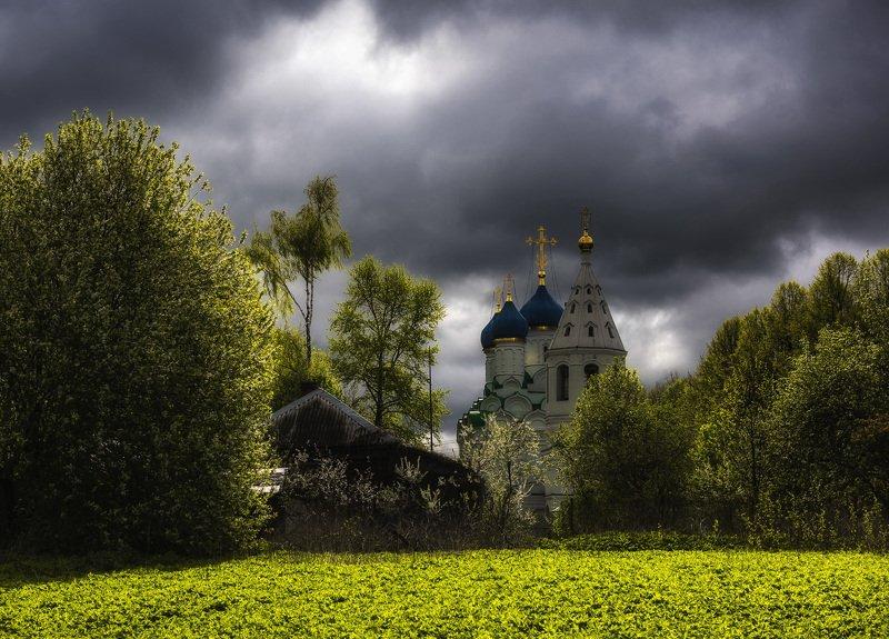 село, церковь, май Сельский храмphoto preview