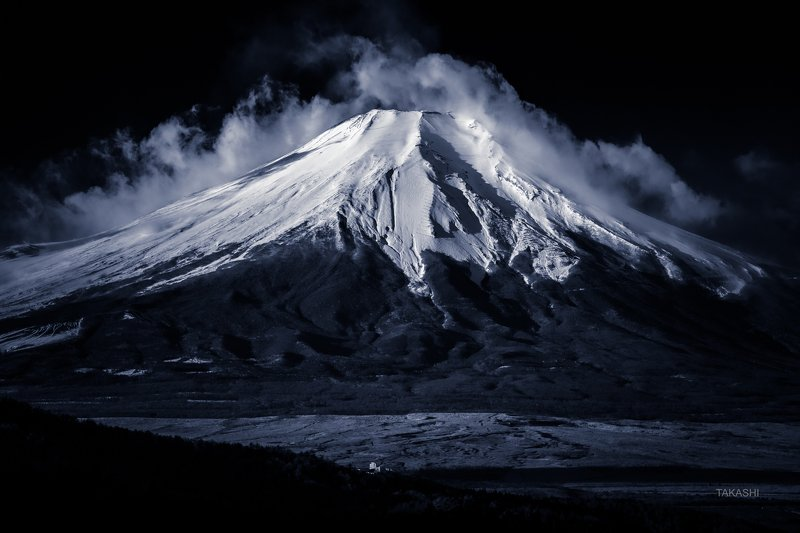 Fuji,Japan,mountain,amazing,wonderful,winter,snow,summit, Calm winter dayphoto preview