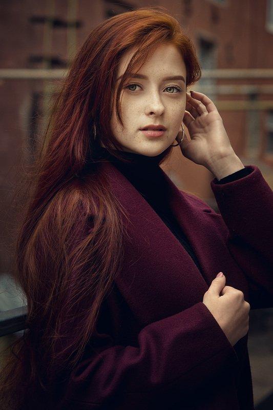 портрет девушка глаза рыжая photo preview
