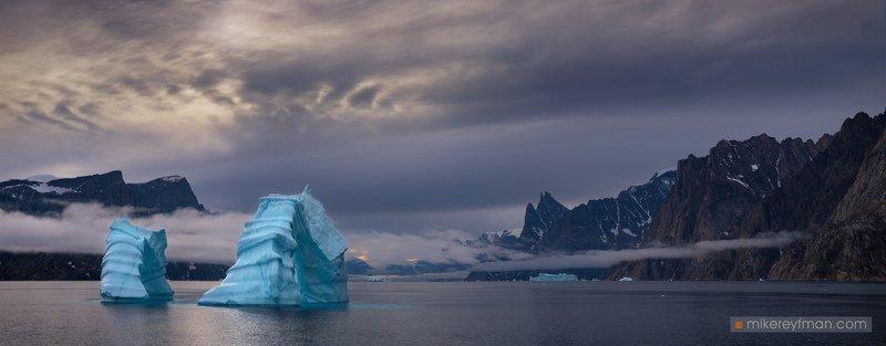 fog, mountain peak, greenland, scoresby sound, iceberg, unique Scoresby Soundphoto preview