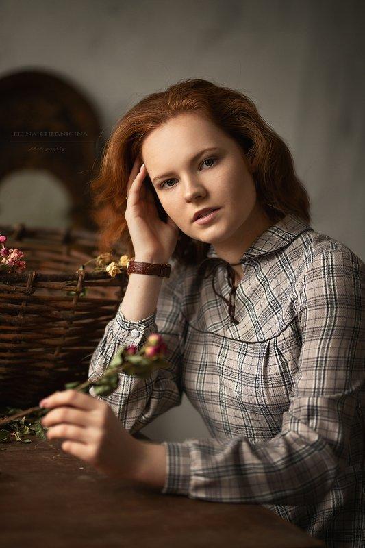 девушка, красивая девушка, женский портрет, красотка, молодая девушка, красивая, студийная съемка photo preview
