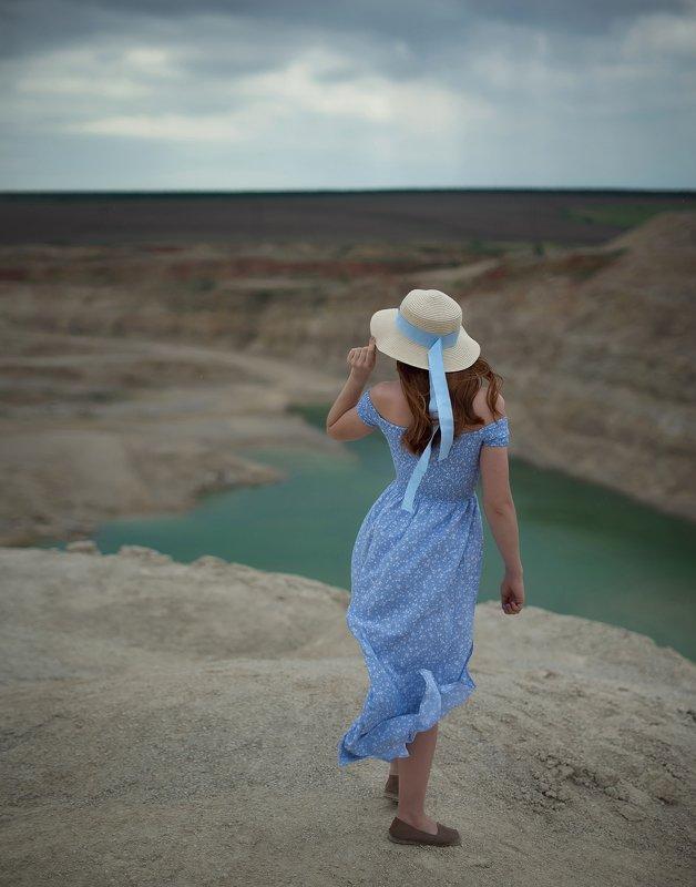 девушка, лето, карьер, романтика, шляпка, платье, природа Евгенияphoto preview