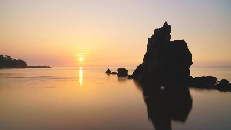 south korea, gyeongsangbukdo,sunrise,sea,seascape,horizontal,sunlight,clouds,rocky, island, silhouette, fishing boat, Sunrisephoto preview