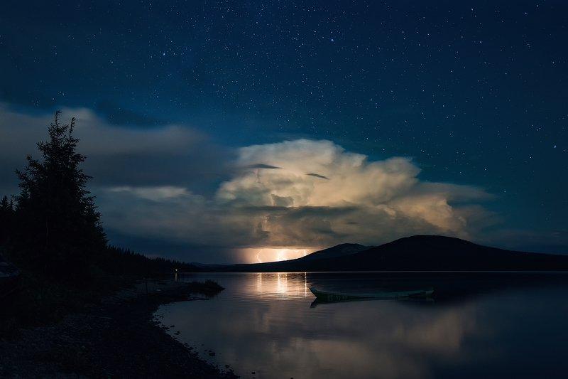 Зюраткуль, Урал, гроза, озеро, горы, тайга Гроза над Зюраткулемphoto preview
