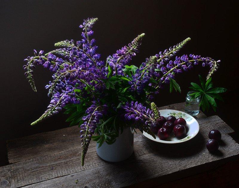 люпины, сливы, натюрморт, мне, все, фиолетово с люпинами и сливами.photo preview